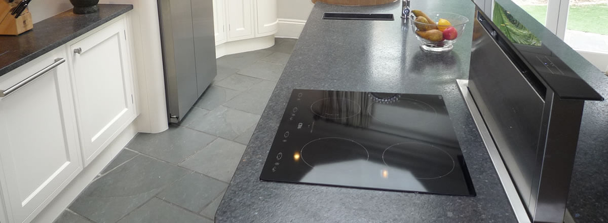 expert hob and extractor cleaning in Prestwich